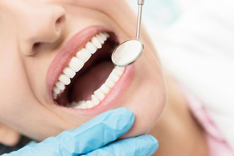tooth-fracture-treatment-chicago-streeterville.jpg